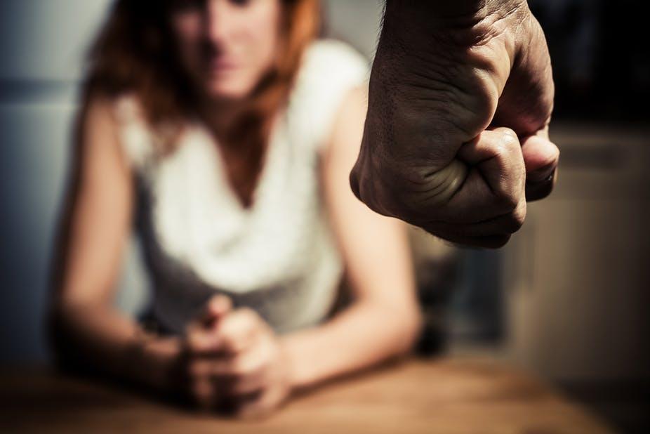 Condena por un delito de violencia de género en España